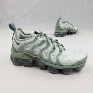 Nike Vapor Max Plus Womens Size 7
